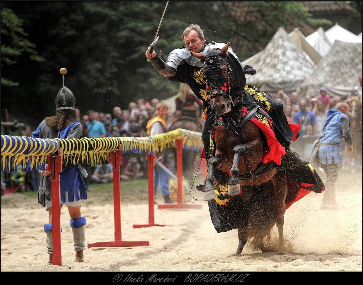 Rytířské turnaje Karla IV. na Pražském hradě.